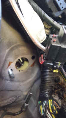 ford escort clutch removal from engine side